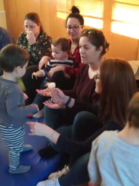 Taller familias educación sensorial bebés