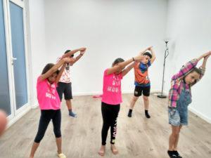 Espacio Oikos: actividades niños en grupo