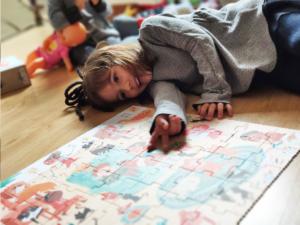 Espacio Oikos: desarrollo social niños.