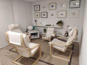 Espacio Oikos: sala de reunión terapias múltiples.