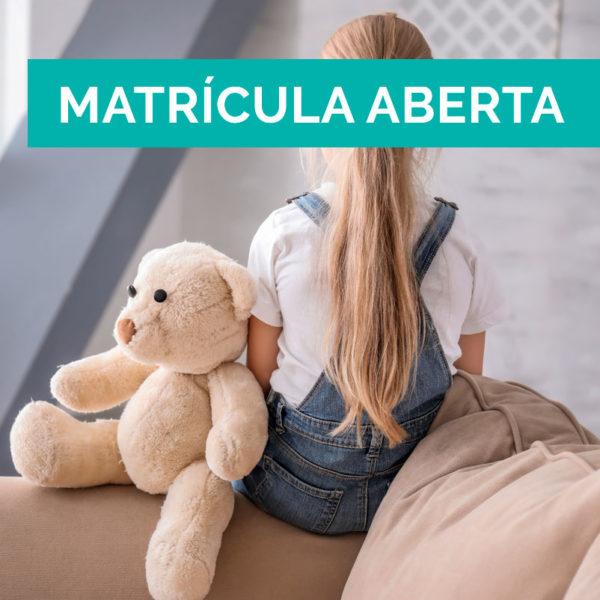 Comunicación e desenvolvemento verbal en nenos/as con autismo (TEA) para Familias
