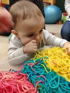 La educación sensorial en bebés