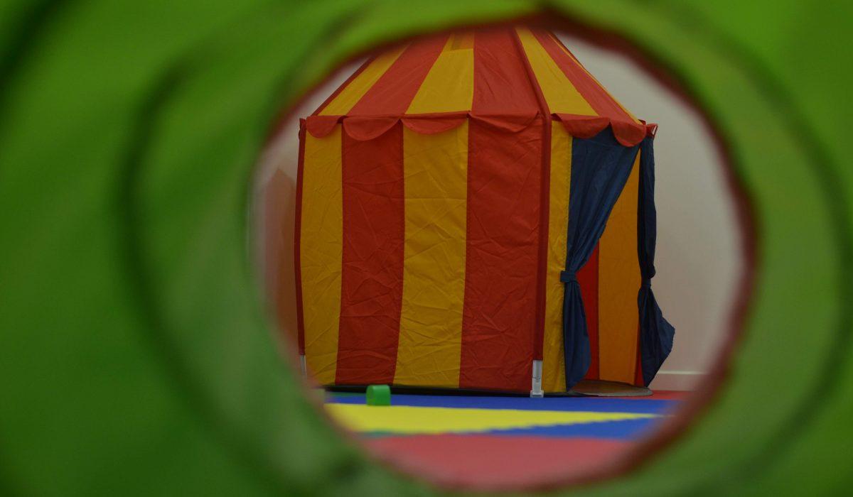 aulas y talleres de estimulación y desarrollo de los niños
