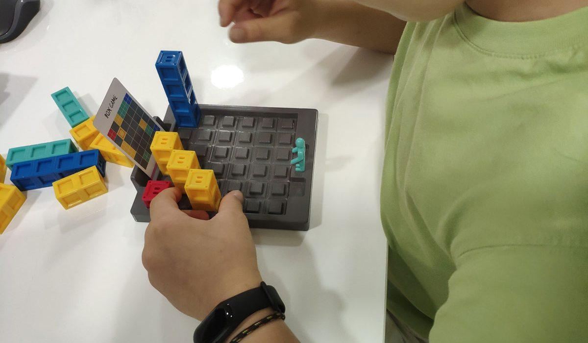 Espacio Oikos: juegos para terapia de pedagogía.