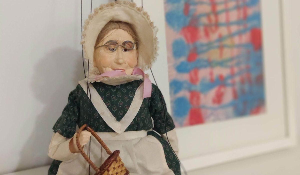 Espacio Oikos: Psicología con marionetas